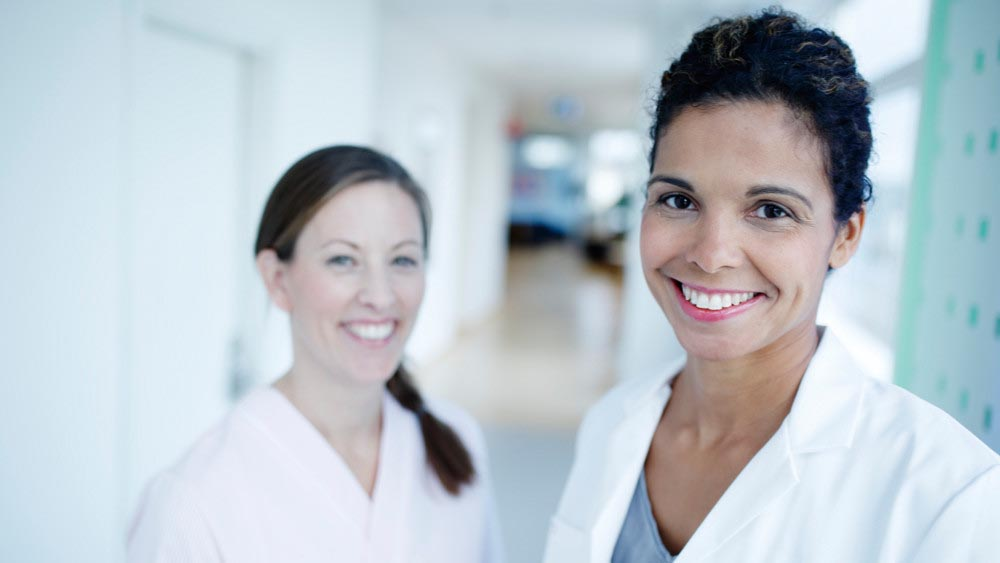 Wellspect Lofric Smiling healthcare professionals